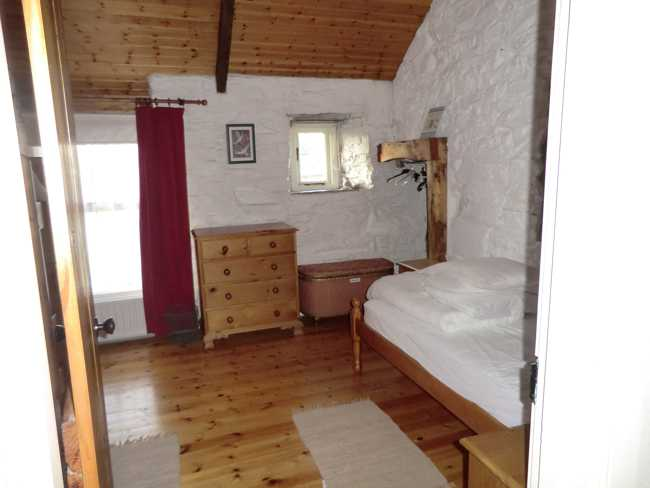 ButtermilkCottage-Bedroom2