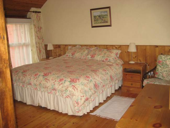 Buttermil Bedroom 2 - self catering accommodation